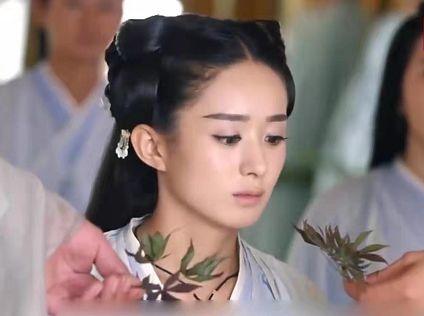同是以女主命名的电视剧,杨幂的最土,颖宝的最火,热巴不忍直视
