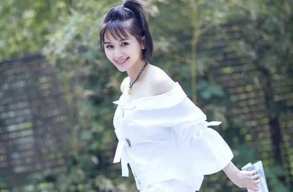 杨幂林依晨娜扎赵丽颖迪丽热巴鹿晗王子文扎苹果头 最更有气质?