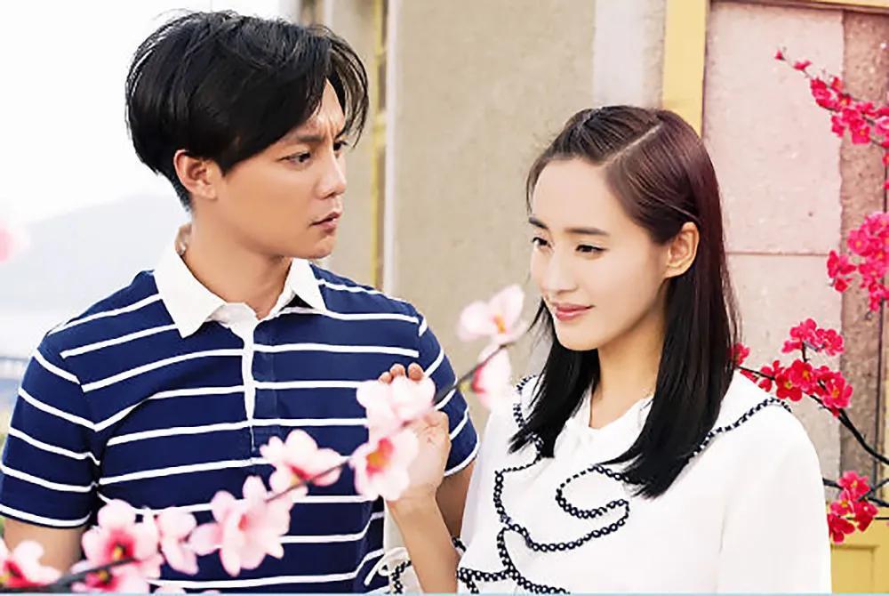 她是娱乐圈精通武术的女演员,功夫背后却有一张神似杨幂+刘诗诗的脸