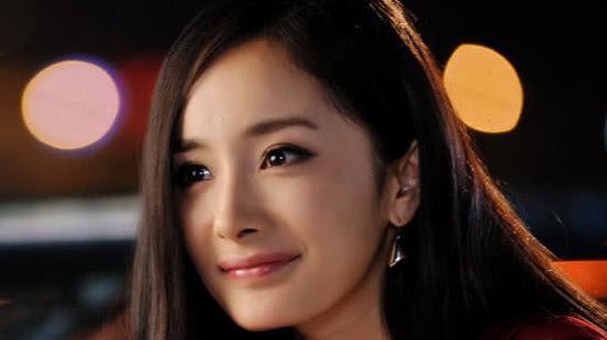 她还没毕业就被杨幂发掘,因演反派角色被骂,今终于被大众熟知