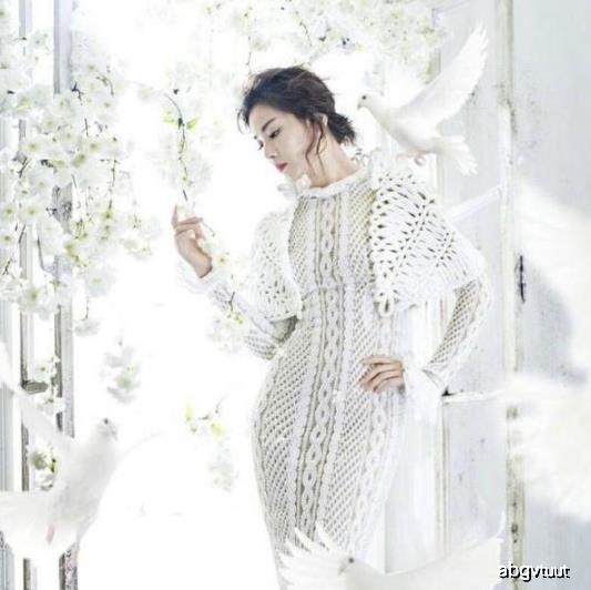 封面写真:刘涛好仙女,网友却喊帅的想嫁,赵丽颖穿出杨幂时尚度