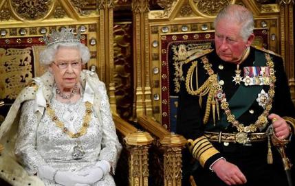 93岁英女王或于后年退休 查尔斯王子等得头发都白了